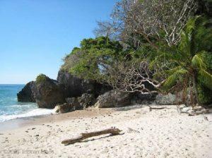 beach-cabo-blanco-national-park