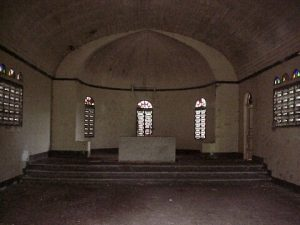 san-lucas-island-church-altar